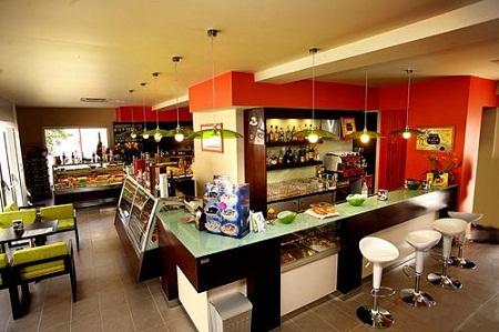 пример помещения кафе
