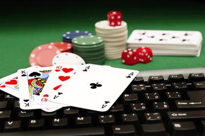 Любителям игры в бесплатный покер